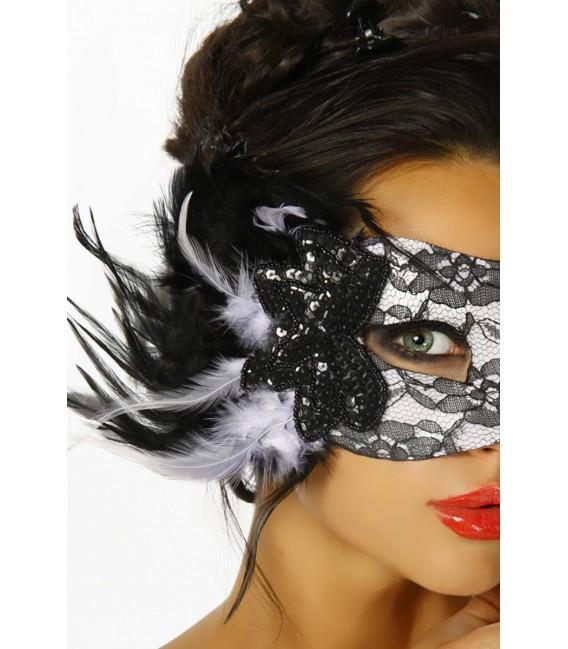 Maske mit Spitze und Pailletten