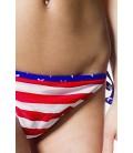 Triangel-Bikini mit amerikanischer Flagge