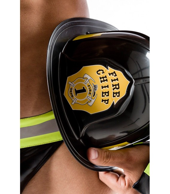 Feuerwehrmann Kostüm von Saresia MAN roleplay, besteht aus Helm, Halsband, Slip und Manschetten
